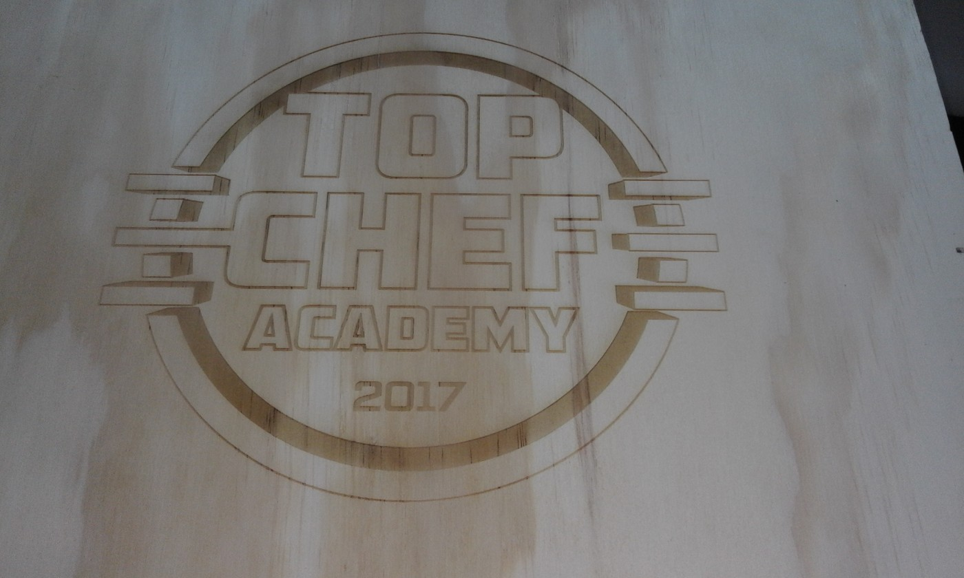 Machinaal graveren - logo top chef academy